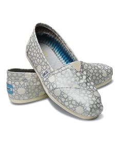 Love these TOMS for the bridesmaids :)