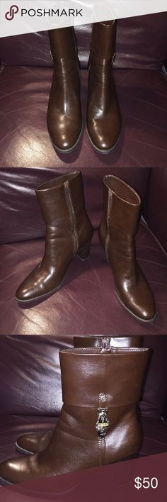NWOT Etienne Aigner Sz 7M Brown lthr zip up boots New and never worn 😀 very classy 🌷 BUNDLE & SAVE❤️ Etienne Aigner Shoes Heeled Boots