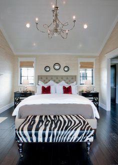 Schon Dieses Schlafzimmer Füllt Seinen Raum Mit Kühlen Farben, Texturen Und  Mustern. | 36 Doppelzimmer Mit Licht Holz Etagen | Pinterest