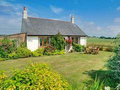Barmoor Ridge, Lowick, Northumberland, England, Sleeps 4, Bedrooms 2, Pet Friendly Holiday Cottage.