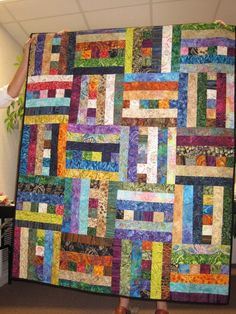 Looks like this could be made with 2 and 1/2 strips-probably a 12 by 12 inch block.Cool!
