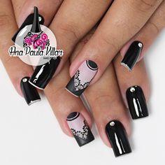 Unhas decoradas com rendas (hand free nails) Black Nails, Pedicure, Nail Art Designs, My Nails, Hair Beauty, Nailart, How To Make, Blenders, Badminton