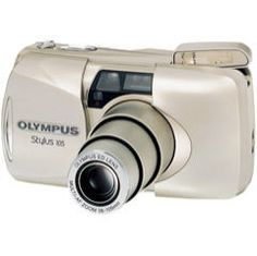 Lens: 38 mm - 105 mm  Battery: 1 x CR123 - 3V Lithium Battery  Information and pictures taken with olympus stylus 105