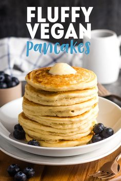 Actually FLUFFY vegan pancakes you will want to make for breakfast (or lunch or dinner) immediately. Just 6 ingredients! Pancakes are my favorite weekend vegan breakfast - and I absolutely love them for breakfast-for-dinner, too. My go-to is blueberry and Vegan Keto, Vegan Foods, Vegan Dishes, Vegan Vegetarian, Vegan Pancake Recipes, Whole Food Recipes, Gluten Free Vegan Pancakes, Vegetarian Pancakes, Vegan Fluffy Pancake Recipe