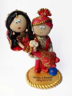 Indian, Pakistani, Asian Bride & Groom figurines. All my toppers are handmade from scratch, personalised to look like you! NOT edible, I send anywhere in the World, any outfits/poses are possible.