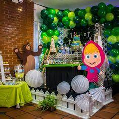Ideas, decoración y manualidades para fiestas: Fiesta temática de Masha y el oso para una niña de...