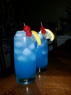 Blue drinks Blue Drinks, Mix Drinks, Something Blue, Beverages, Bebe