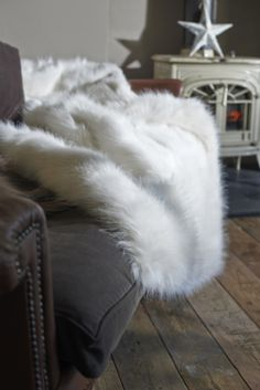 Faux Fur Throw | The Glam Camping Co.
