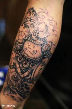 Lucky Cat Tattoo, Cool Tattoos, Awesome Tattoos, Mini, Angel, Japanese, Art, Naruto Tattoo, Male Tattoo