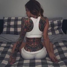 """""""& @tattoos_of_insta"""""""
