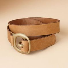 """HARNESS TRACE BELT BY VINTAGE SHOE CO--Inspired by the straps that connect a horse harness to the swingletree, this hearty belt is graphically fastened with an antiqued brass hook and buckle. Made in the USA by the Vintage Shoe Company®. Harness leather. Sizes XS (26"""" to 28""""), S (30"""" to 32""""), M (34"""" to 36""""), L (38"""" to 40""""). 1-3/8""""W.View our entire Vintage Shoe Company® Collection."""