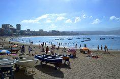 Nur wenige wissen, dass die Hauptstadt von Gran Canaria ein pulsierendes Herz, mit lebendiger Szene hat. Diese Stadt ist widersprüchlich, schrill und kosmopolitisch…..weiter  unter:  http://welt-sehenerleben.de/Archive/4227/las-palmas-kanarische-metropole-mit-traumstand/ #Spanien #Gran #Canaria #Las #Palmas #Reisen #Urlaub