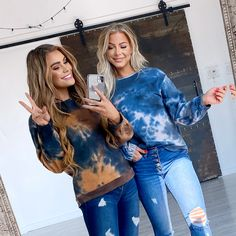 Our Lucienne Tie Dye Sweatshirt is what dreams are made of! Tie-Dye is huge this season and we are loving it! With a comfy oversized fit, and buttery soft fabric you are sure to love it just as much as we do. Do yourself a favor and add to your cart! Casual Outfit Ideas, Cute Casual Outfits