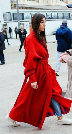 Love this outfit. 30 Fresh Outfit Ideas To Copy Asap – Casual Fashion Trends Collection. Love this outfit. Outfits In Rot, Komplette Outfits, Autumn Street Style, Street Chic, Looks Style, Street Style Looks, Business Mode, Look Rock, Mode Inspiration