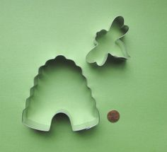 Bee Cookie Cutter Set  Beehive Cookie Cutter by DIYSweetSupplyCo