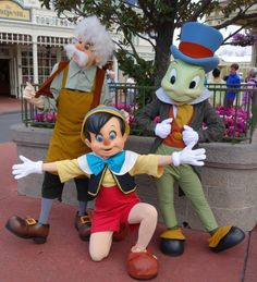 Gepetto Pinocchio Jiminy ~ How to Find Rare Characters at Disney