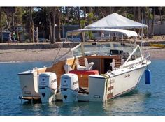 Bertram 31 outboards - The Hull Truth - Boating and Fishing Forum Boat Building, Building Ideas, Cabin Cruiser, Boat Stuff, Classic Motors, Power Boats, Yachts, Boating, Minnesota