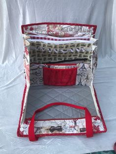 Ultimate Carry All Designer Bag for any kind of crafts with embroidered front pocketTwo more sewing bags in vintage red dress fabric Ironing Pad, Sac Week End, Vintage Red Dress, Carry All Bag, Patchwork Bags, Crazy Patchwork, Clear Bags, Bag Organization, Vinyl