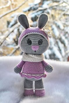 This free pattern is very easy to understand and the final toy is adorable.  #crochet #amigurumi