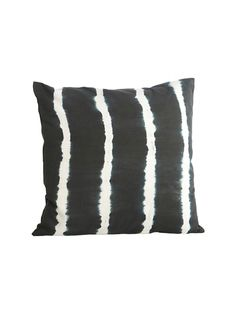 House Doctor Tie Dye Cushion cover: A lovely tie-dye cushion cover by House Doctor. Ideal for a contemporary finish to your home.