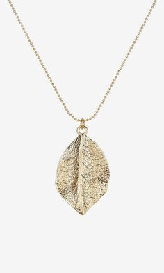 Stephan & Co | Leaf Pendant Necklace