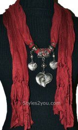 Ladies Heart And Pearl Scarf In Deep Red