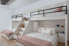 Room Design Bedroom, Home Room Design, Home Bedroom, Bedroom Decor, House Design, Bunk Bed Rooms, Bunk Beds Built In, Sleepover Room, Guest Room Decor