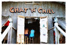 Enjoy some Bahamian-style mac 'n cheese and a cold Kalik at Chat 'n Chill! One of my favorites! #Caribbean #Bahamas