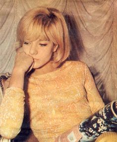 Finally got around to putting all these amazing color photos of Sylvie Vartan up, what a dreamy girl! I really wish I could get my hands on some leather jumpsuits like hers… XoXo Raton Rose