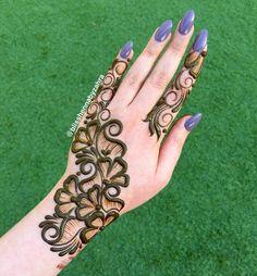 Latest Arabic Mehndi Designs, Mehndi Designs For Kids, Back Hand Mehndi Designs, Mehndi Designs Book, Unique Mehndi Designs, Wedding Mehndi Designs, Mehndi Designs For Fingers, Beautiful Mehndi Design, Mehandi Design For Hand
