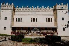 kastiel fricovce 1912 - Hľadať Googlom Mansions, House Styles, Home Decor, Decoration Home, Manor Houses, Room Decor, Villas, Mansion, Home Interior Design