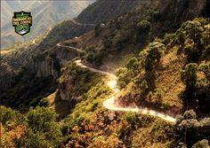 INFORMACIÓN BARRANCAS DEL COBRE te dice. Para los descensos al fondo de las barrancas se requiere de buena condición física así como ropa adecuada a la temporada. http://www.chihuahua.gob.mx/turismoweb/