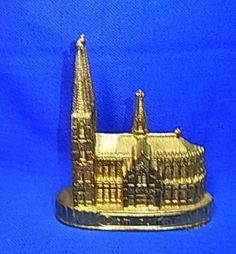 Vintage German Souvenir Building Cologne Dome #L1