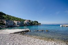 House Nikola Donja Krusica Situated 18 km from Split and 30 km from Hvar, House Nikola offers pet-friendly accommodation in Donje Selo na Šolti. The property is 12 km from Trogir and boasts views of the sea. Free private parking is available on site.  A TV is offered.