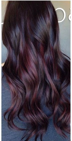 Trendy Hair Color Ideas For Brunettes Dark Colour Ombre - Hair - Hair Styles Hair Color Dark, Cool Hair Color, Darker Hair Color Ideas, Dark Plum Hair, Red Purple Hair Color, Brown Hair With Purple, Dark Mahogany Hair, Red Tint Hair, Dark Cherry Hair