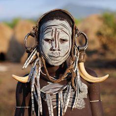 Ethiopian Tribes, Mursi | Ethiopia, tribes, Mursi  Blog: Dietmar Temps, travel photography  Website: Dietmar Temps, photography
