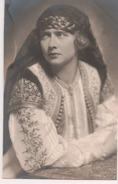 Princesse Marie de Roumanie, reine de Yougoslavie Queen Victoria Children, Princess Victoria, Princess Alexandra, Princess Beatrice, Queen Mary, King Queen, Romanian Royal Family, Royal King, Ferdinand