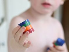 Tutorial: Rainbow Crayon Stackers made with prescription bottles. Rainbow Crayon, Pot A Crayon, Crayon Roll, Prescription Bottles, Pill Bottles, Projects For Kids, Diy For Kids, Crafts For Kids, Kids Fun