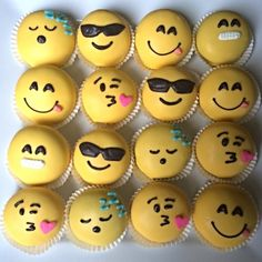 emoji cake - google search Cool version of emoji cupcakes!!!
