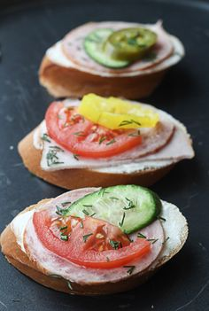 1000 images about sandwiches crostini wraps on for Canape spread