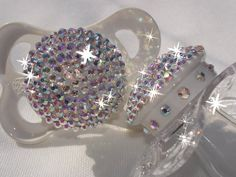 Baby Bling - Oh yes, my future baby girl will be having these! Baby Bling, Bling Bling, Bling Shoes, Little Doll, Little Girls, Foto Baby, Everything Baby, Baby Time, My Baby Girl