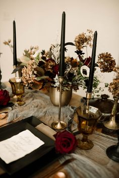 Burgundy and black wedding tablescape burgundy wedding Sensual, Moody and Mysterious: Spanish-Gothic Styled Shoot Halloween Table Decorations, Decoration Table, Halloween Wedding Centerpieces, Masquerade Centerpieces, Balloon Centerpieces, Dream Wedding, Wedding Day, Geek Wedding, Perfect Wedding