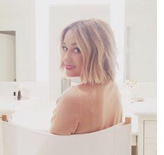 Sarah Grafton short blunt bob hairstyle