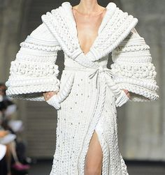 gorgeous knitted fashion in details | Stephen Rolland | Keep the Glamour | BeStayBeautiful
