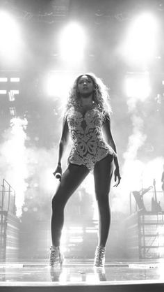 Beyonce The Mrs Carter Show World Tour in Houston, Texas December 2013