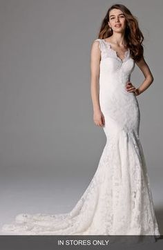 Watters 'Somerset' Open Back Lace Mermaid Gown (In Stores Only)