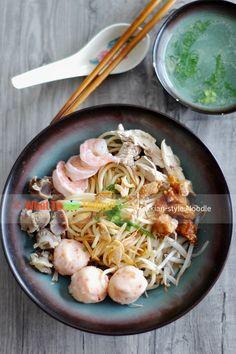 Hokkian-style noodles (Indonesian version)