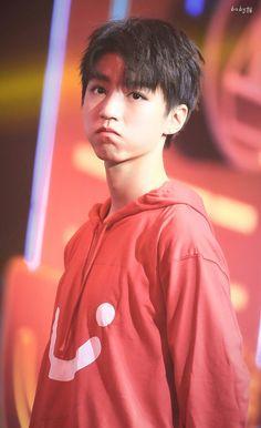 Cute Korean Boys, My Big Love, Chinese Boy, Ulzzang Boy, Beautiful Boys, Bad Boys, Boy Bands, My Idol, Superstar