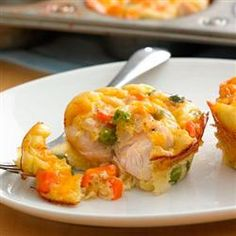 Impossibly Easy Mini Chicken Pot Pies - Allrecipes.com Easy Pie Recipes, Bisquick Recipes, Muffin Tin Recipes, Chicken Recipes, Cooking Recipes, Dinner Recipes, Chicken Appetizers, Top Recipes, Delicious Recipes