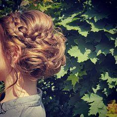 Opgestoken haar met vlecht! Dreadlocks, Hair Styles, Beauty, Hair Plait Styles, Hair Makeup, Hairdos, Haircut Styles, Dreads, Hair Cuts